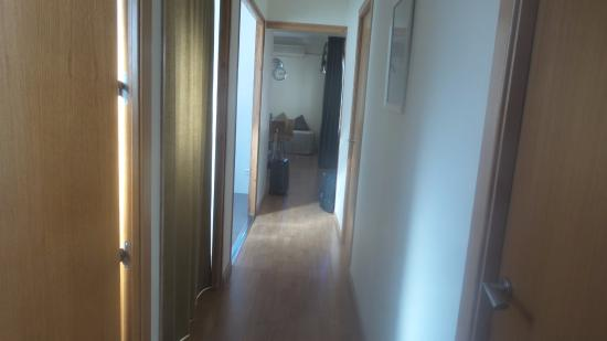 Atica Apartamentos : corridoio