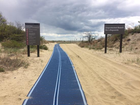 how to get to sandy hook beach nj