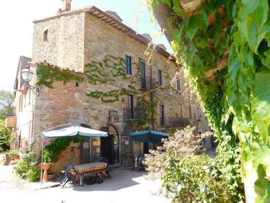 Trattoria di campagna Borgo Cenaioli: la trattoria