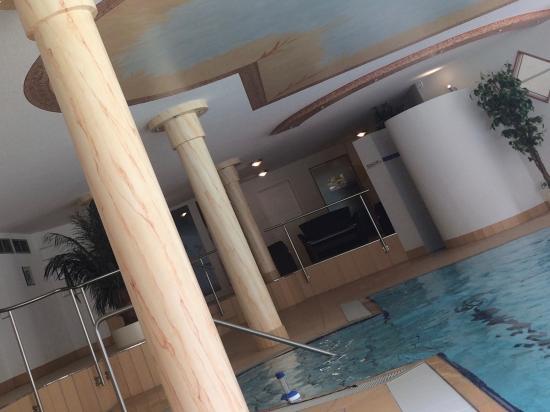 Belchenhotel Jägerstüble: Schwimmbad im Haus