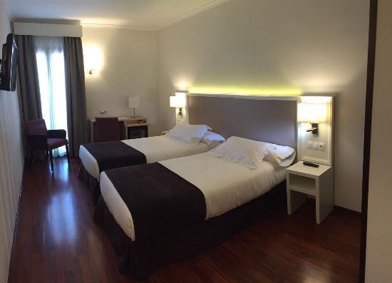 Hotel Maestranza: Habitación