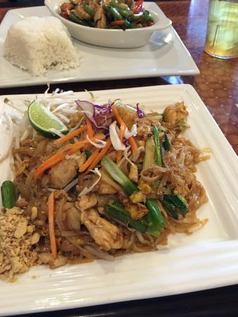 Thai Spice Authen7c Thai Cuisine