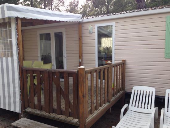 Siblu Villages - Le Bois Masson : mobil-home 2 chambres avec terrasse semi-couverte