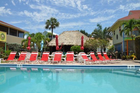 Palm Terrace Resort: vom Pool aus