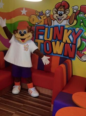 Funky Town Play: Funky Monkey