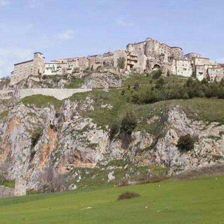 Castello di Caggiano