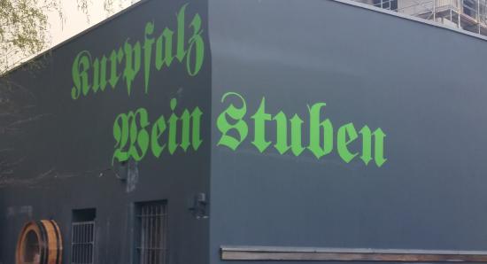 Der frische Anblick, wenn man den Hof in der Wilmersdorfer Straße betritt.