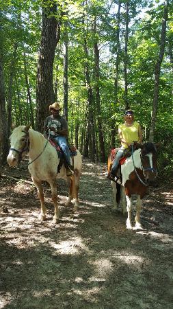Riverside Riding Stables: 20160611_102543_large.jpg