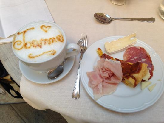 Albergo Cappello : My cappuccino was a delightful and unexpected start to the day.