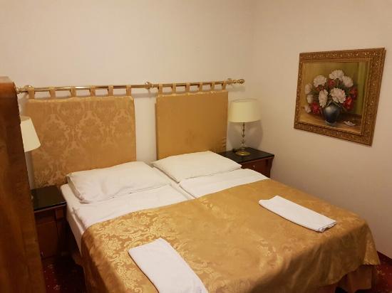 โรงแรมเรสซิเดนซ์ โบโลญญา: TA_IMG_20160612_201548_large.jpg