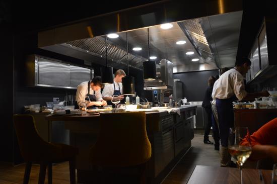 Restaurant La Maison Du0027a Cote: Magnifique Cuisine Ouverte