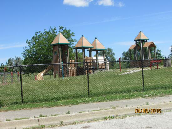 Randall Wickes Children's Playground