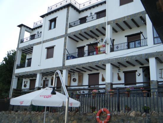 Alojamientos Rurales Los Macabes