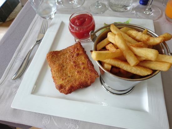 Wallonia, Belgien: Plat enfant : Cordon bleu frites, un délice