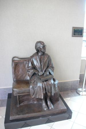Rosa Parks Library and Museum - The moment in Bronze