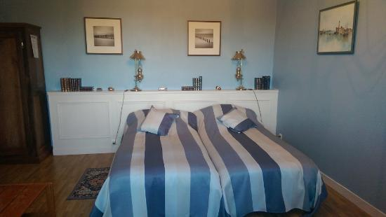 le lit le soir dans le m me tat que nous l 39 avons laiss. Black Bedroom Furniture Sets. Home Design Ideas