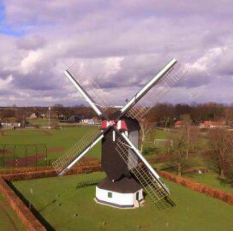 Uden, Holandia: Molen van Jetten