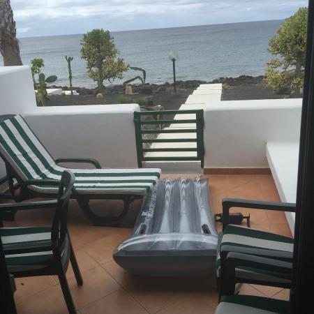 Bungalows Velazquez: Patio no 24 overlooking sea