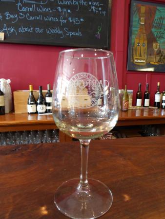Leesburg, VA: Tasting Glass
