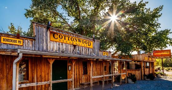 Cottonwood Steakhouse