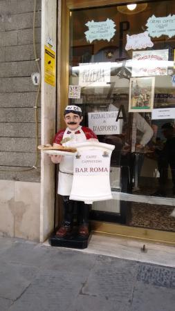 Imagen de la fachada de Bar Roma