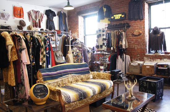 Ballston Spa, Νέα Υόρκη: Vintage clothing for men & women