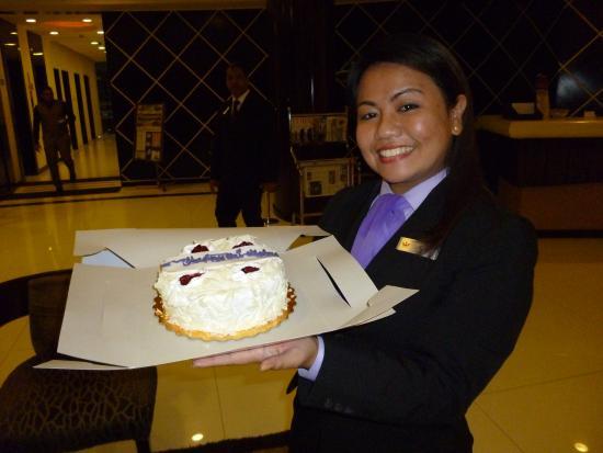 Savoy Suites Hotel Apartments: Birthday treat