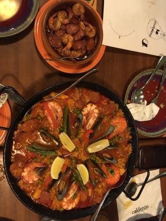 Calderon Cocina Tapas y Bebidas