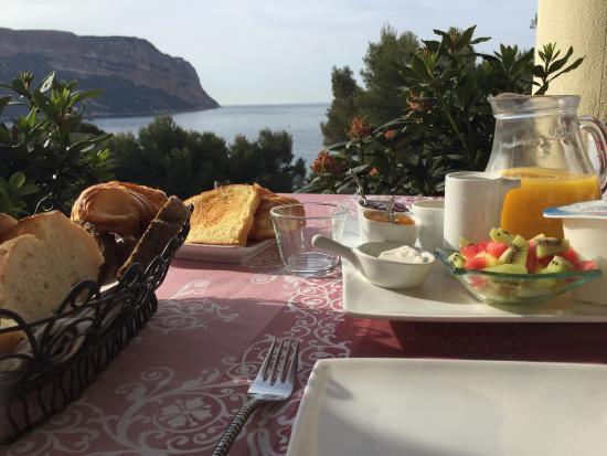 L'escale: breakfast