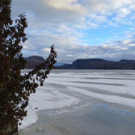 Westmore, VT: Mid-February at Willoughvale Inn, Pisgah Cottage