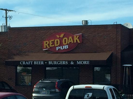 Red Oak Pub and Restaurant: photo1.jpg