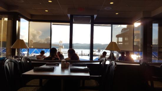 The Coeur D Alene Resort Dockside Restaurant