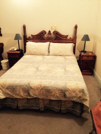 Rutland Arms Inn: photo1.jpg