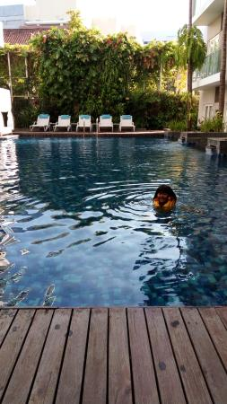 Grand Ixora Kuta Resort: Swimming Pool
