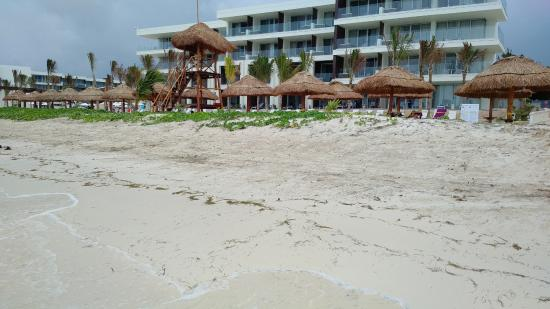 Breathless Riviera Cancun Resort Spa Beach In Front Of The Energy Pool