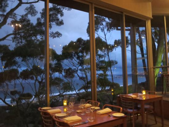 Chris's Beacon Point Restaurant & Villas: View towards Apollo Bay