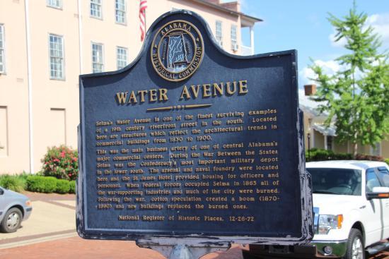 Selma Interpretive Center: Selma - Water Avenue