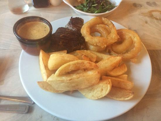 The Anglesey Arms: Lovely 8oz fillet with chips, onion rings and peppercorn sauce.  For pudding a scoop of the butt