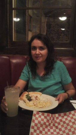 Johnny Carino's : Con mis Humildes alimentos