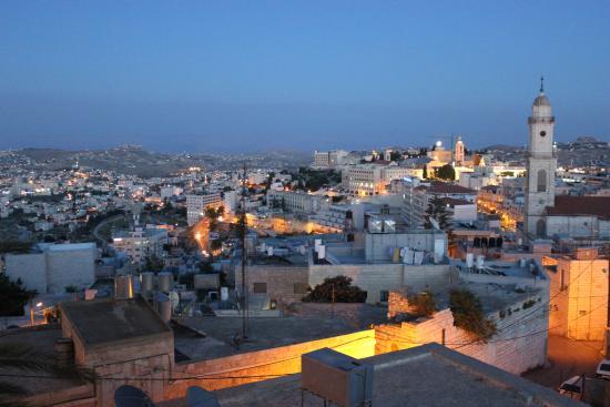 Bethlehem Star Hotel: night view from hotel