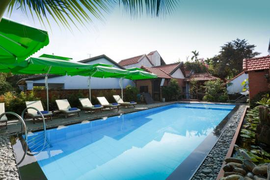Betel Garden Villas : swimming pool