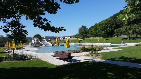 Schwimmbad Beringen