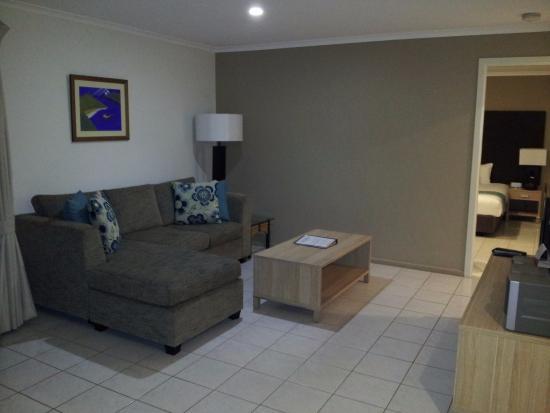 Aanuka Beach Bures: Lounge area