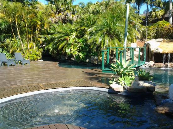 AANUKA BEACH BURES: 2018 Reviews (Coffs Harbour) - Photos of Hotel ...