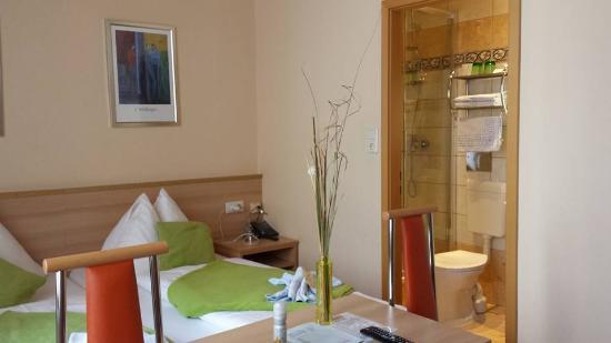 Hotel Praterstern: Clean, comfortable, very pleasant room