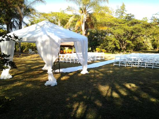 Jock of the Bushveld Chalets: Sandie and Sindie wedding at Jock