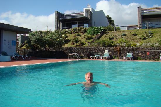 Agua de Pau, Portugal: Zwembad ook voor de bewoners van een 20 tal villa's die er zijn in het domein