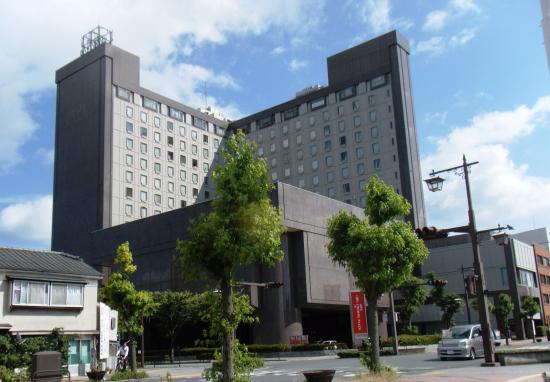 ANA Crowne Plaza Ube: ANAクラウンプラザホテル宇部 外観