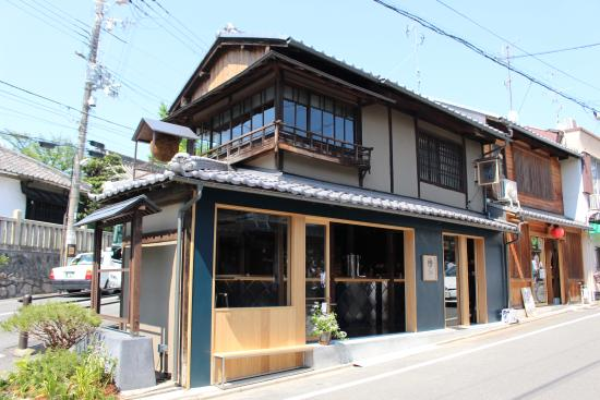 Local SAKE and BEER Stand -SANSARO-