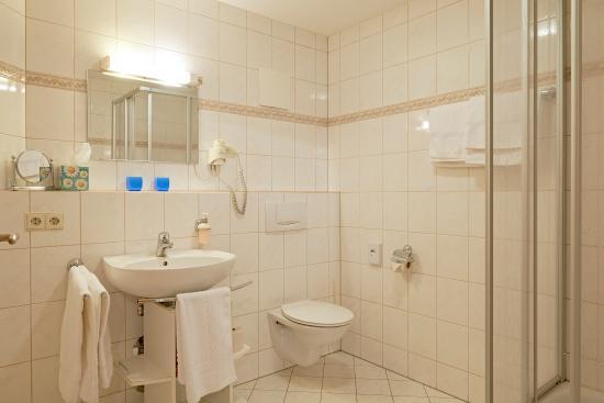 Stühlingen, Deutschland: Apartment 3 - Bad (DU/WC)